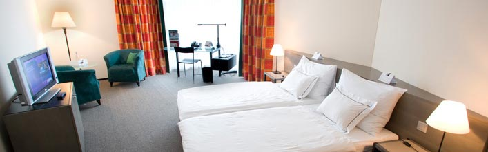 comfortable double room plaza at lake zurich